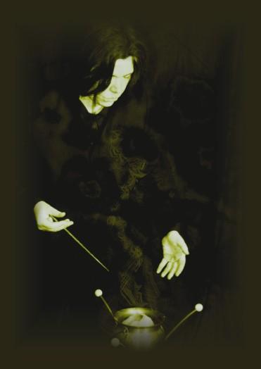 Severus webt Magie. Auf dem Foto ist alles wunderbar - in der Realität eine ziemliche Matscherei. Foto: Thanis Voyant Modell: Curtis Nike