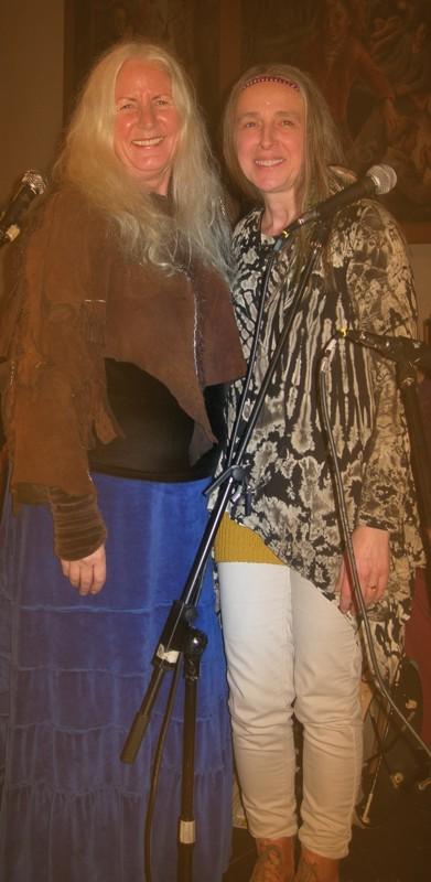 Danke an Peti Songcatcher und Paula Noske für ihre schönen Lieder!